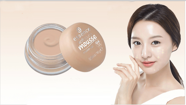 cham-soc-mat-phan-tuoi-essence-soft-touch-mousse-duc-9609